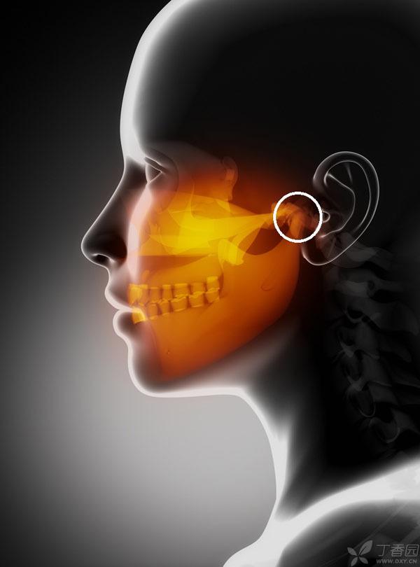 x-ray-of-distressed-jaw-标示.jpg