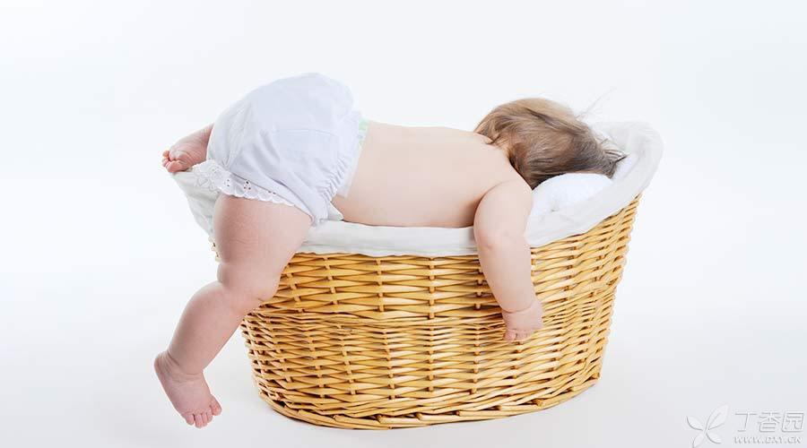 [题图]-婴儿睡姿-900px.jpg