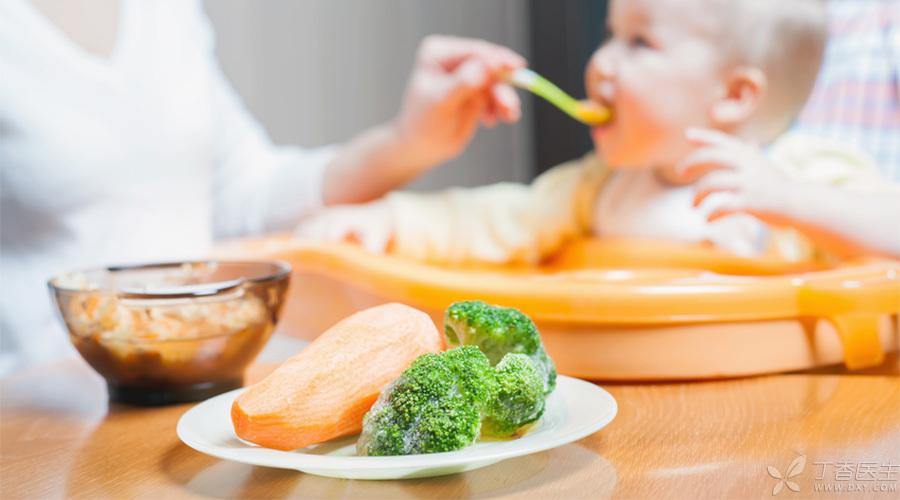 丁香妈妈-宝宝吃饭-900-500.jpg
