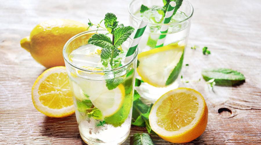 柠檬水900.jpg